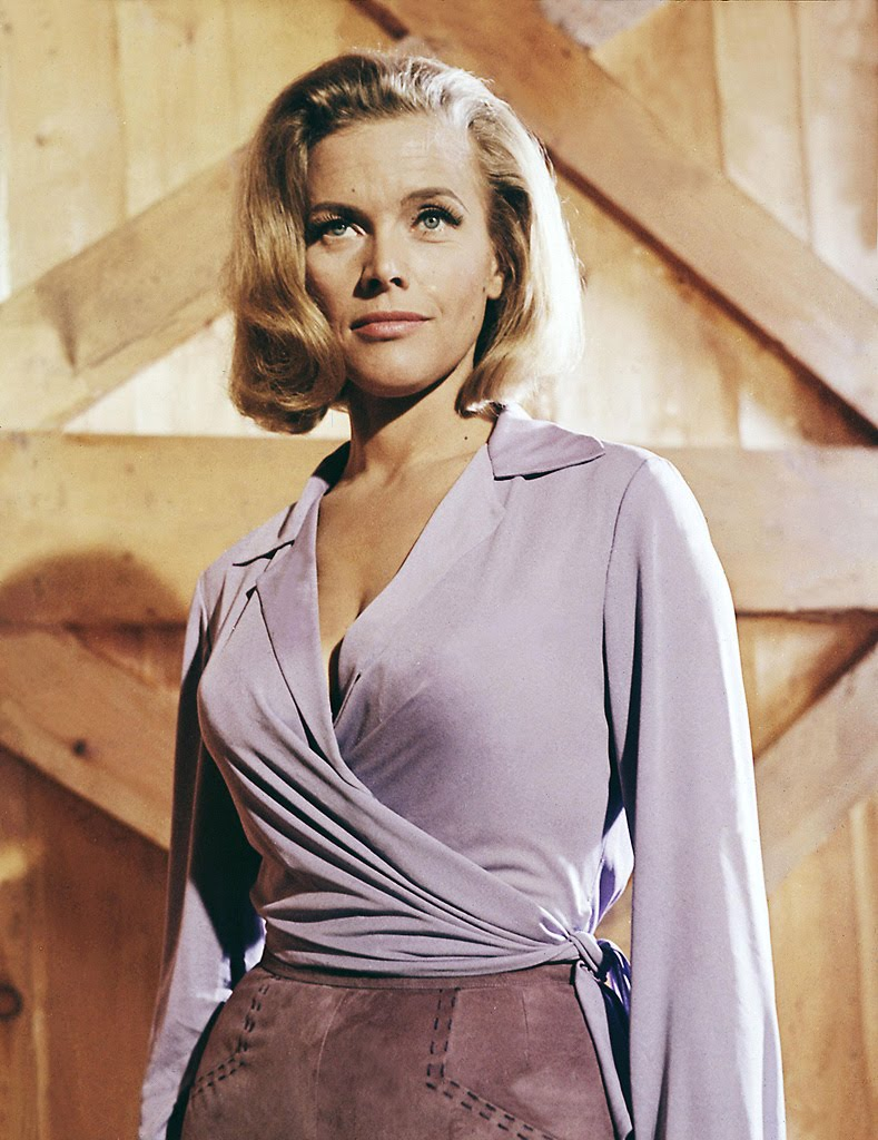 Bond Girl Honor Blackman as Pussy Galore in Goldfinger