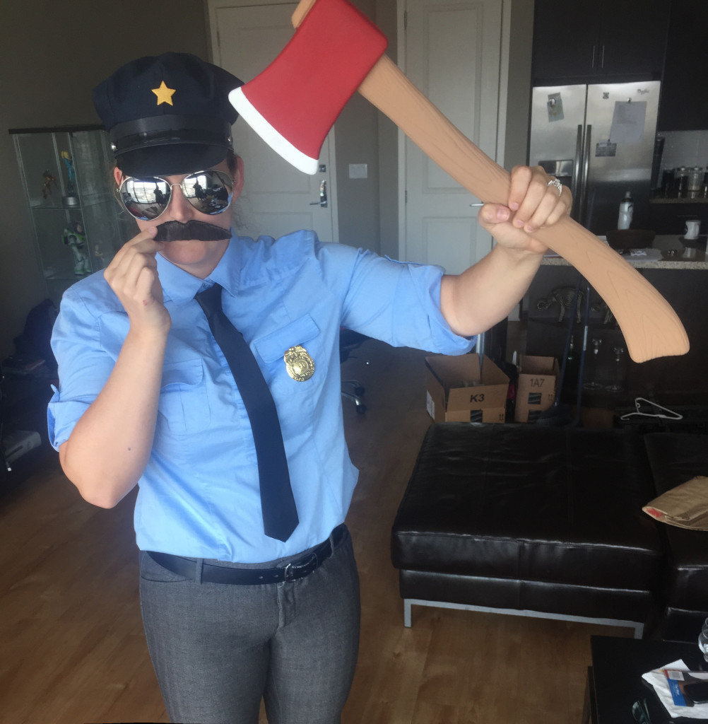 Cosplay: AXE COP Costume